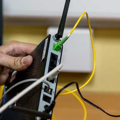 Делаем монтаж внутренних сетей связи для частного дома в Свердловской области