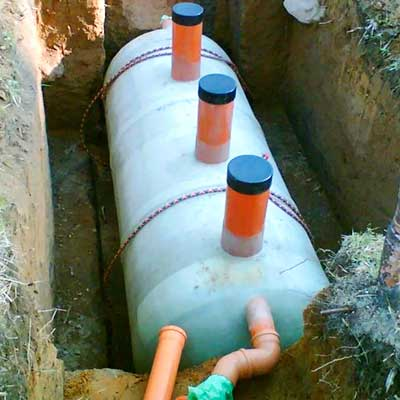 Производим работы по подключению дома к канализации и системе водоотведения