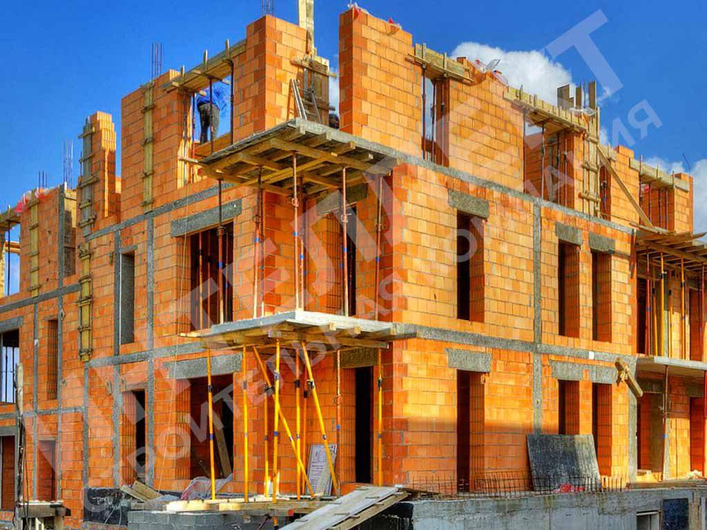 Строительство трехэтажного коттеджа из керамических блоков в Екатеринбурге