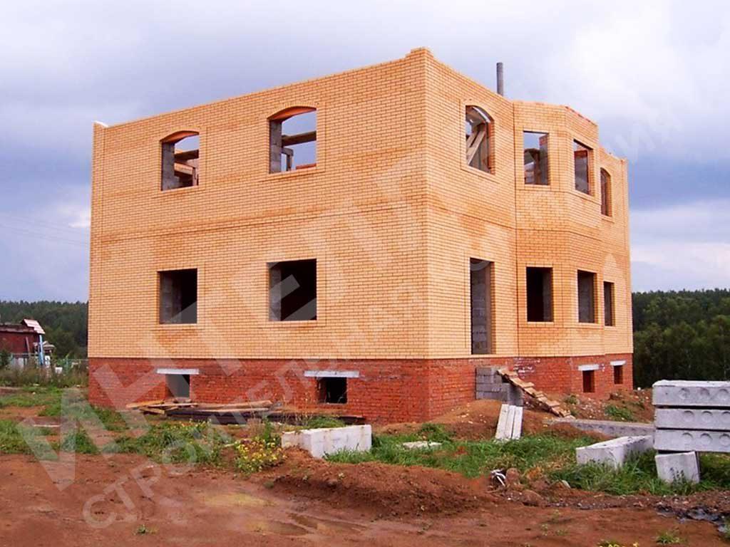 Строительство дома из кирпича - фото 1