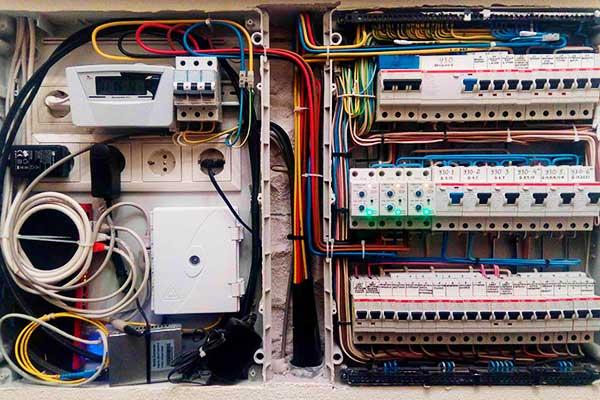 Электрика в частом доме