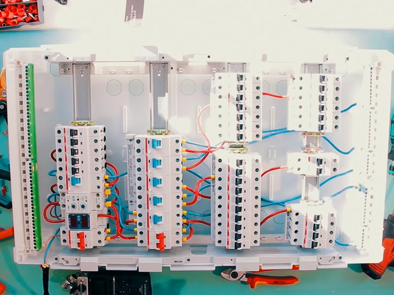Этапы монтажа электрики