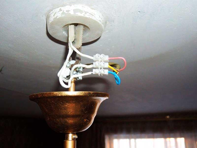 Установка люстры и подключение её к электрической сети