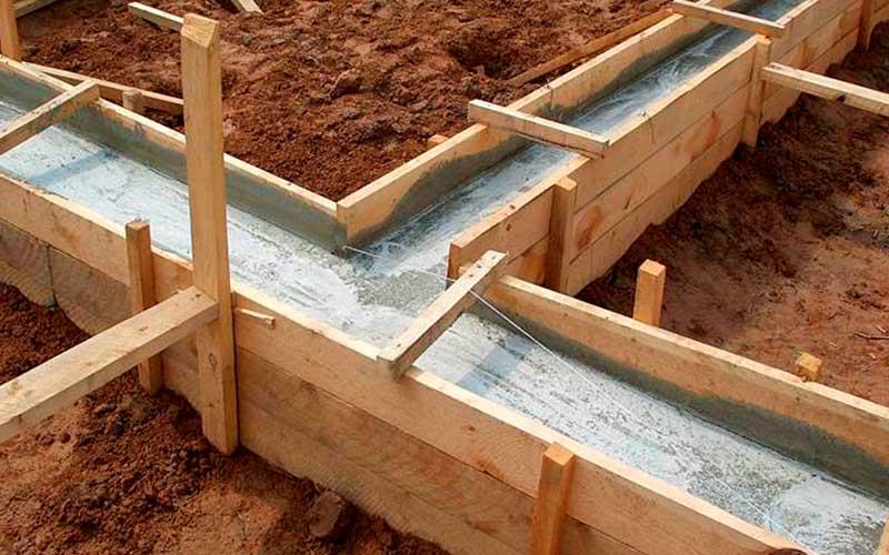 Строительство ленточного фундамента для дома из твинблока 8 на 8