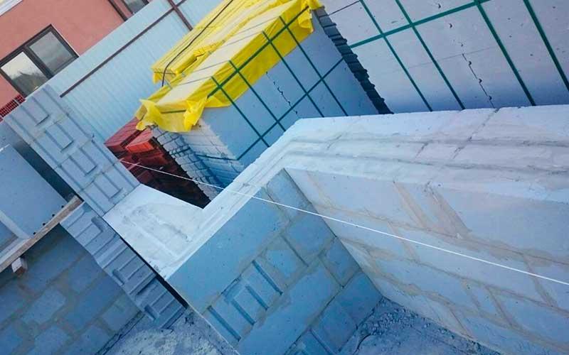 Строительство стен дома 8 на 8 из твинблоков