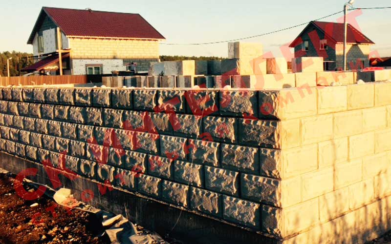 Строительство стен из теплоблоков дома 8 на 8