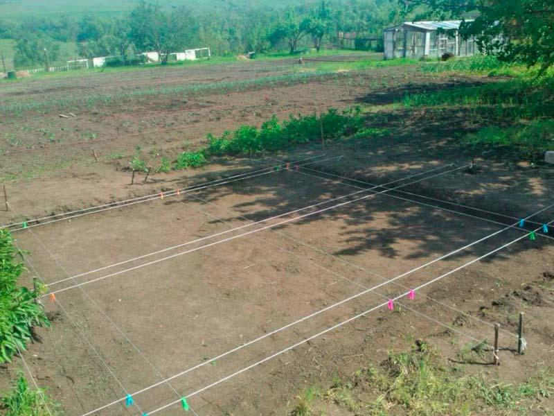 Подготовка участка под фундамент для строительства дома из газобетона