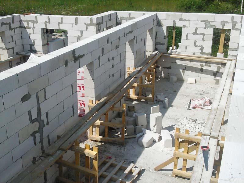 Строительство стен дома из газобетона