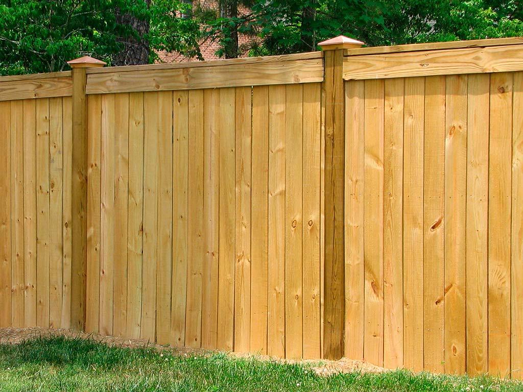 Деревянный забор щитовой