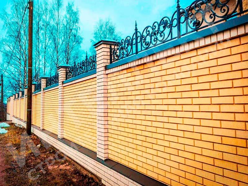 Кирпичный забор - пример работы готового забора номер 5