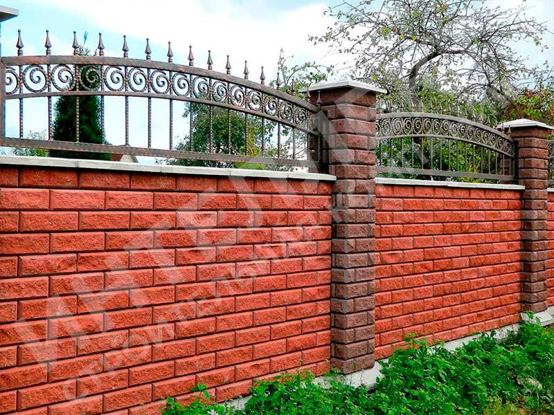 Кирпичный забор - пример работы готового забора номер 7