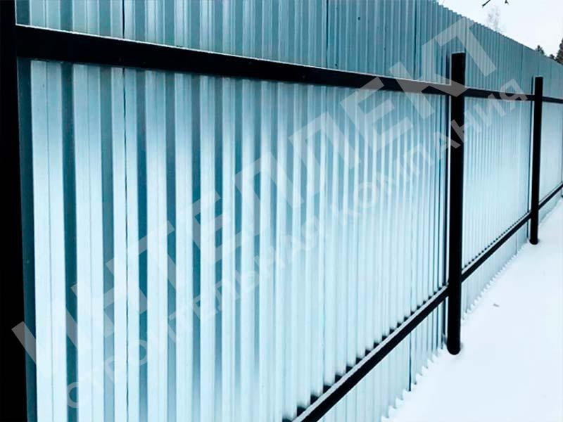 Забор из профлиста - пример работы готового забора номер 3